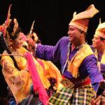 Kami senaraikan 4 sebab budaya rakyat Malaysia berubah